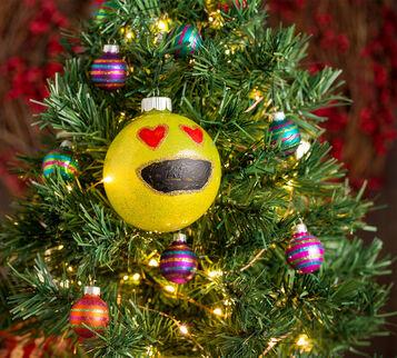 Emoji Ornament Craft Kit
