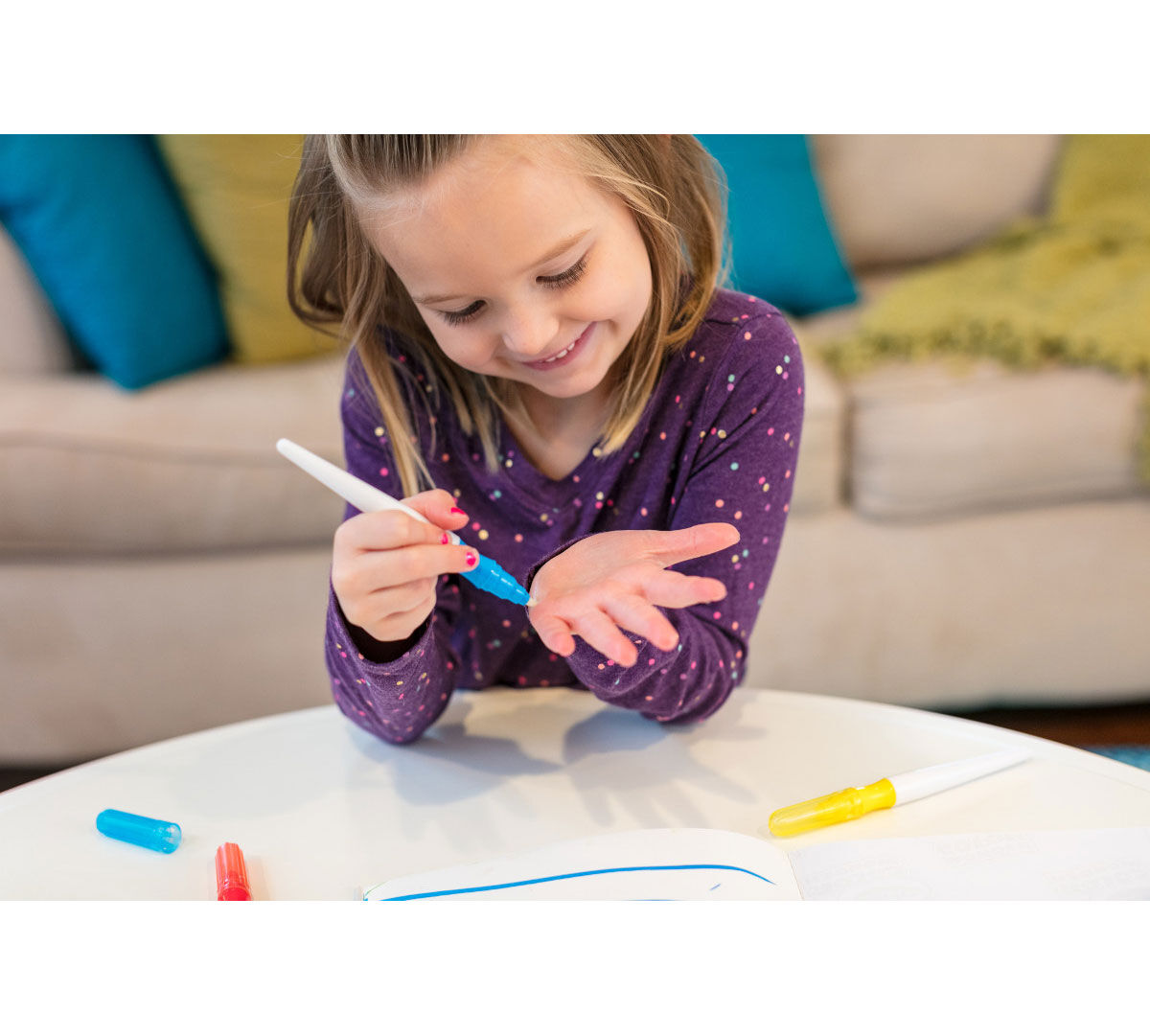 Color Wonder Mess Free Paintbrush Pens Amp Paper Crayola