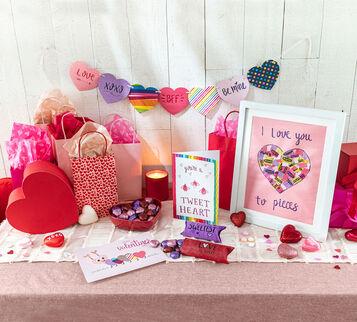 Valentine's Day 5-in-1 Craft Kit