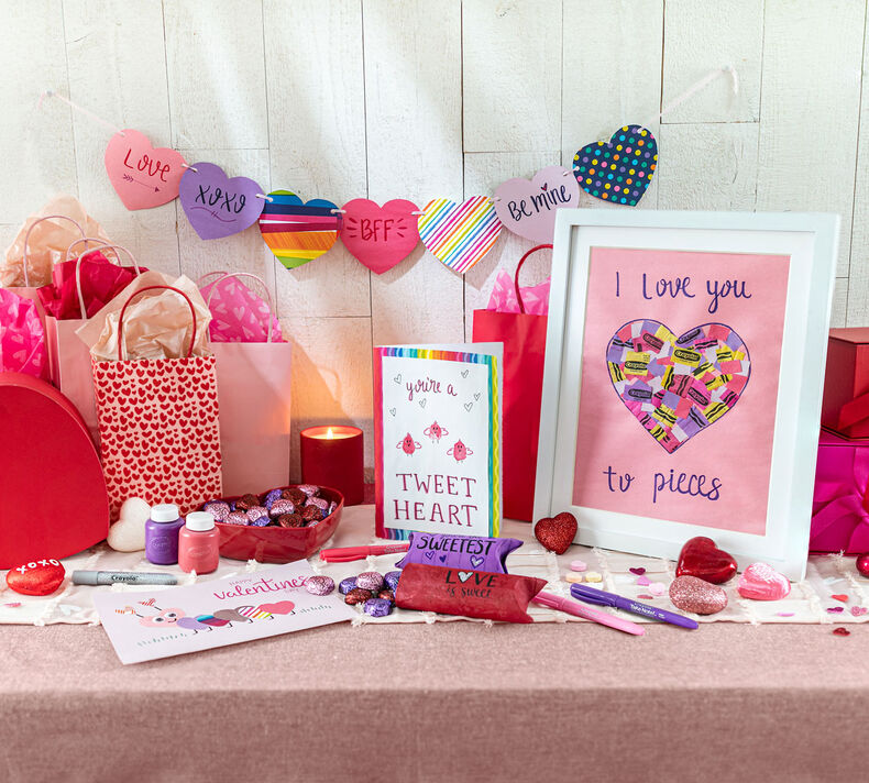 Valentine's Day 5-in-1 Craft Kit